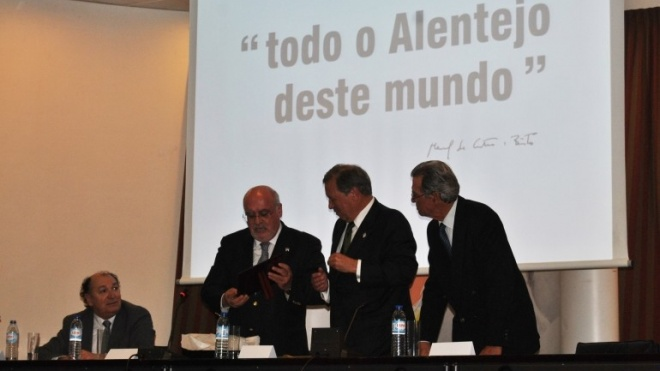 Capoulas Santos inaugura Ovibeja 2017
