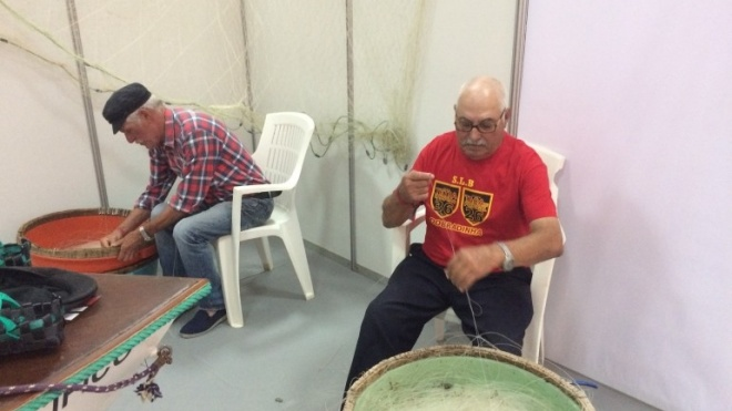 "Pescadores mostram como se prepara a ""parelha"" na Faceco"