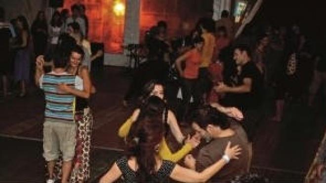 Oficinas de Danças de Tradição do Mundo em Castro Verde