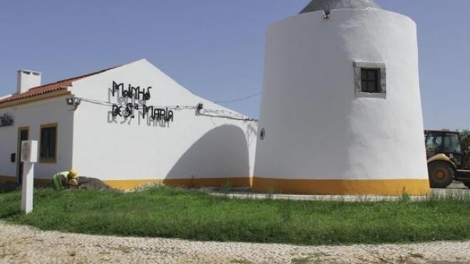 Renovação de ramais de ligação do Bairro dos Moinhos de Santa Maria