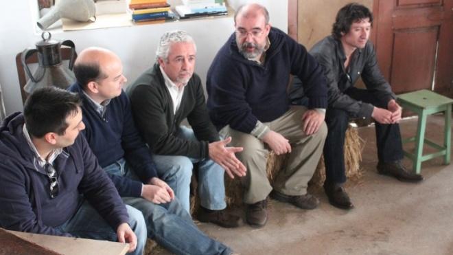 """Cinco autores apresentam """"Contos do Caneco"""" em Zambujeira do Mar"""
