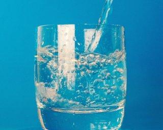 """""""Nutrição e bem estar"""": """"como beber água no inverno já que tenho bastante dificuldade"""""""